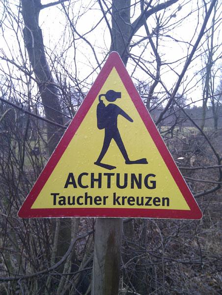 Taucher queren - gesehen Reecker Heide, Lübeck