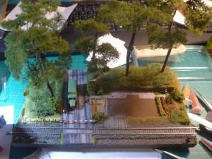 Bauphase 3 - Bäume, Fahrzeug und Garten